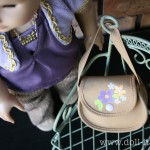 Doll Size Find: What Fits in a Doll Size Purse? Gum, iPod, Money and More!