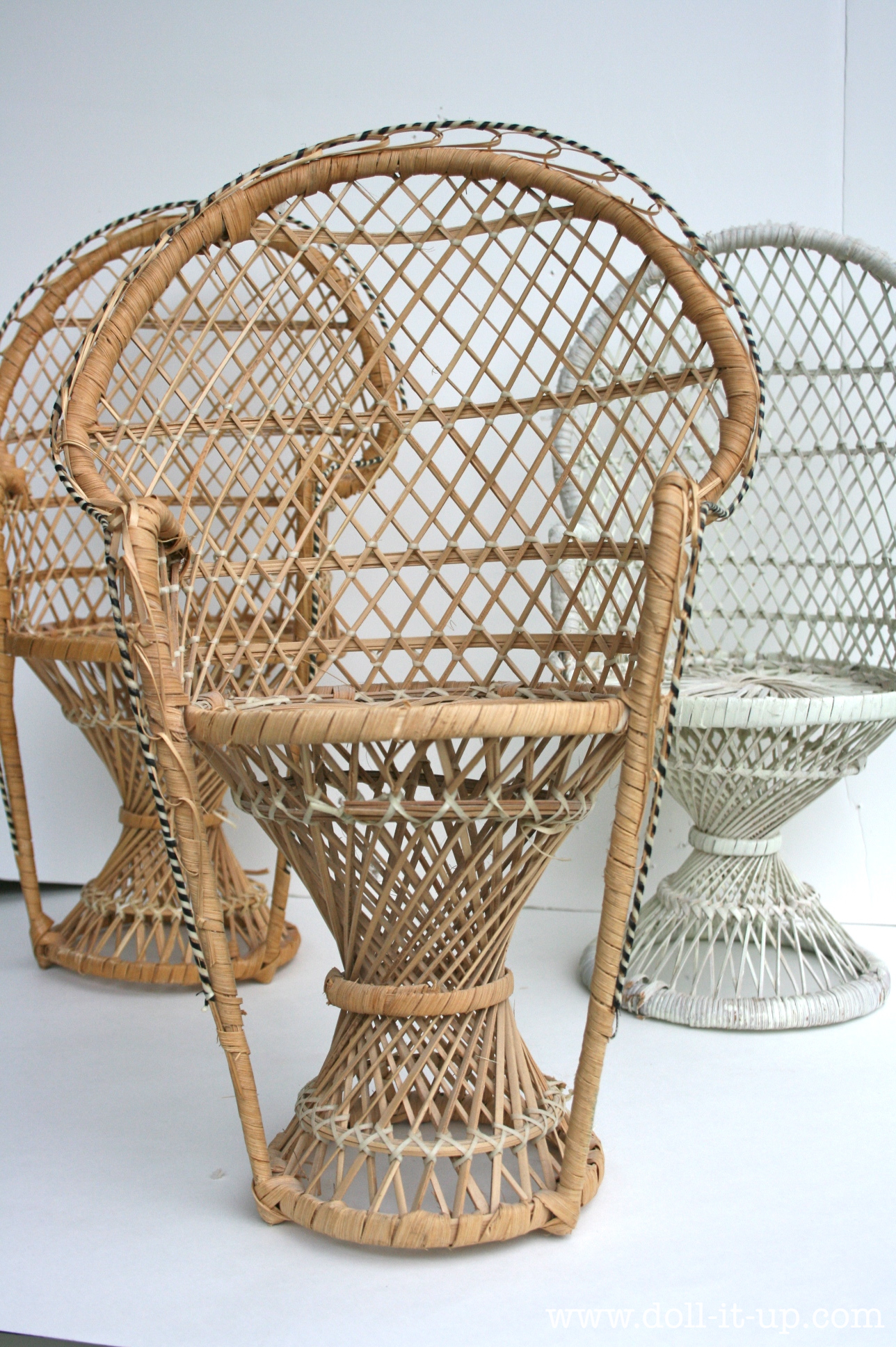 Up cycled one wicker chair into a wicker furniture set doll it up