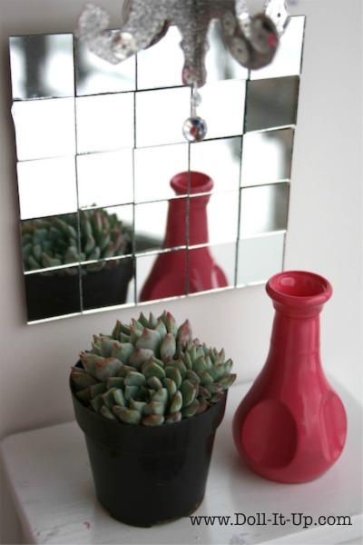 A mirror tile doll decoration.  via www.Doll-It-Up.com - 9