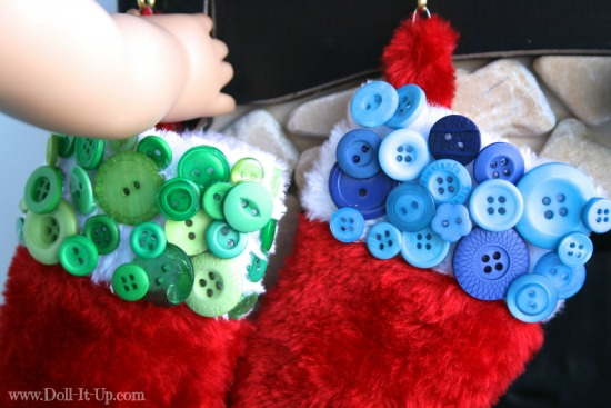 Decorate a stocking with buttons-3