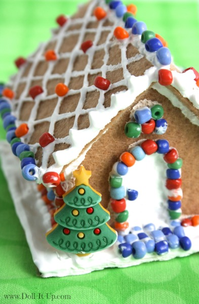 Make a gingerbread house for dolls doll it up