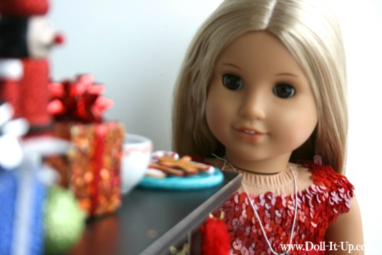 Make a doll size plate