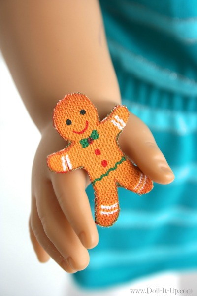 Make gingerbread men cookies for dolls