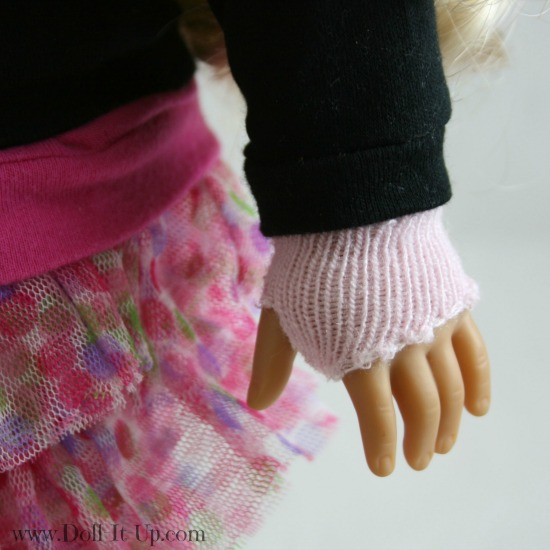 Doll size fingerless gloves