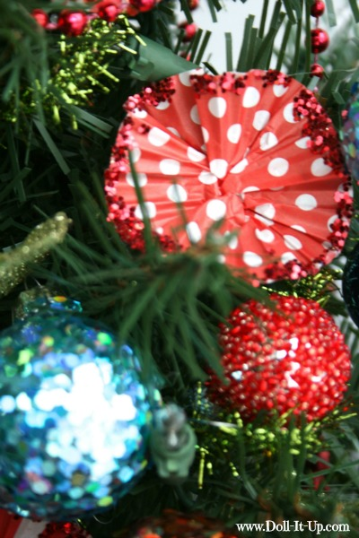 cupcake liner ornaments-12