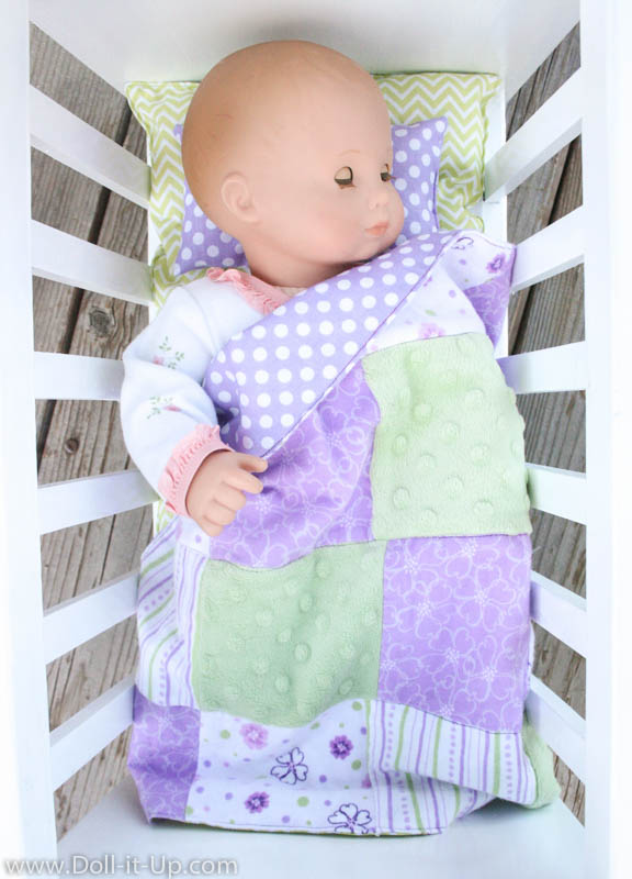 Making Bedding for Baby Doll - Doll It Up
