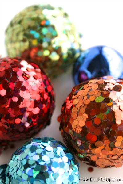 Upcycle-doll-size-Christmas-decorations-glittering-bulbs